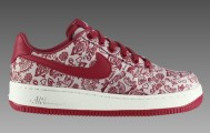 nike-wmns-air-force-1-valentines-day-amor-sail-varsity-red-black-01