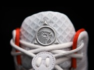 nike-air-yeezy-2-wolf-grey-pure-platinum-official-02